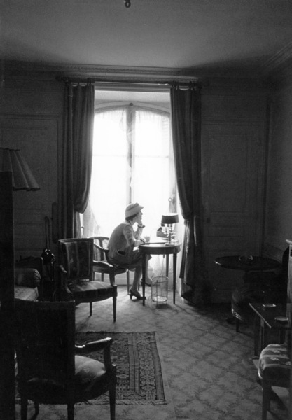 Coco Chanel1957 © 2001 Mark Shaw - Image 5970_0025