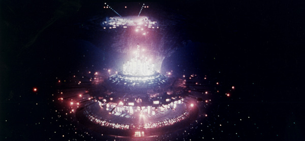 """""""Close Encounters of the Third Kind""""Space Ship © 1977 Columbia - Image 6001_0005"""