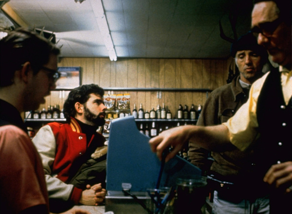 """American Graffiti""Director George Lucas, Charles Martin Smith1973 Universal Pictures** I.V. - Image 6199_0274"