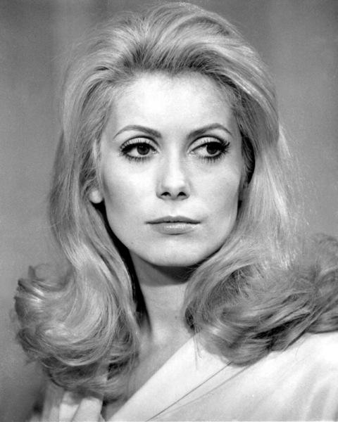 """Belle de jour""Catherine Deneuve1967 Paris Film/Five Film**I.V. - Image 6231_0012"