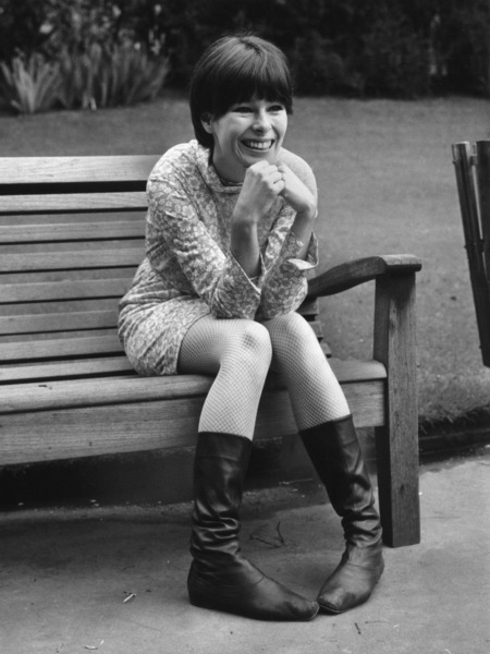 Geraldine Chaplin relaxing on a park bench in London1967 - Image 6614_0006
