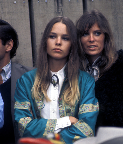 "Michelle Phillips and Jill Gibson at ""The Monterey Pop Festival""1967 © 1978 Gunther - Image 7201_0003"
