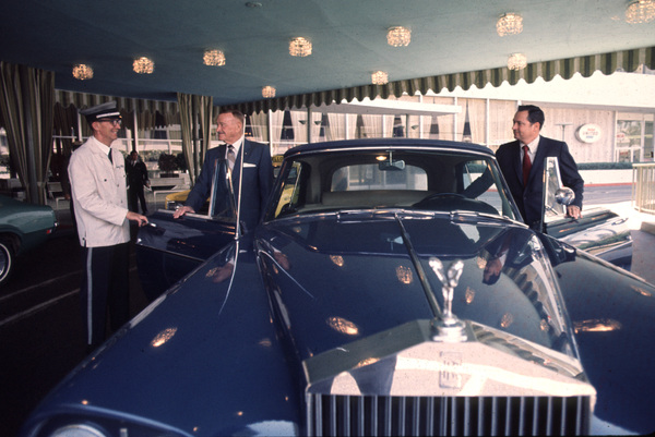 Barron Hilton and his father, Conrad, with their Rolls Roycecirca 1978 © 1978 Gunther - Image 7485_0002