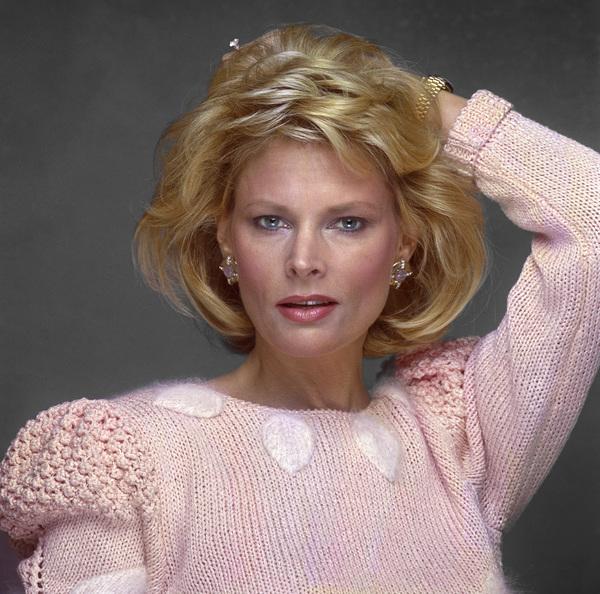 Fashion (Jackie Ray)1985© 1985 Ron Avery - Image 7515_0044
