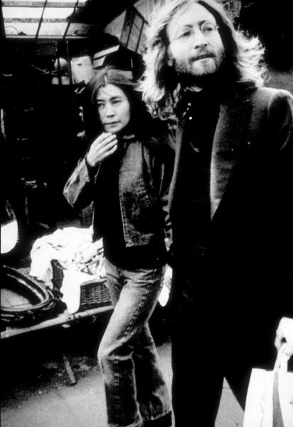 John Lennon and Yoko Ono at Flea Marketin Paris, France.March 22, 1969MPTV - Image 7648_0029