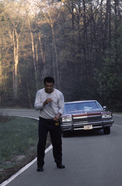 Muhammad Ali at his training camp in Deer Lake, Pennsylvaniacirca 1980© 1980 Gunther - Image 7683_0625