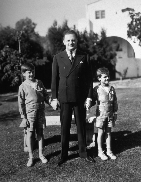 Herman Mankiewiczwith sons Don and FrankC. 1933 - Image 7801_0011