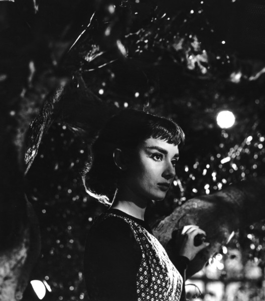 "Audrey Hepburn in ""Sabrina""1953© 2000 Mark Shaw - Image 8124_0037"