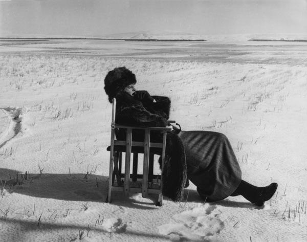"""Doctor Zhivago""Julie Christie on the setMGM 1965**L.C. - Image 8849_0007"