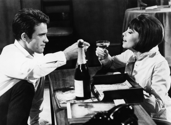 """""""Promise Her Anything"""" Leslie Caron, Warren Beatty 1965 Paramount Pictures - Image 9168_0011"""