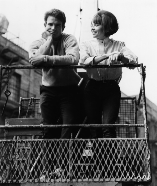 """""""Promise Her Anything"""" Leslie Caron, Warren Beatty 1965 Paramount Pictures - Image 9168_0013"""