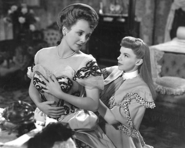 """Meet Me in St. Louis""Mary Astor, Judy Garland1944 MGM**I.V. - Image 9287_0016"