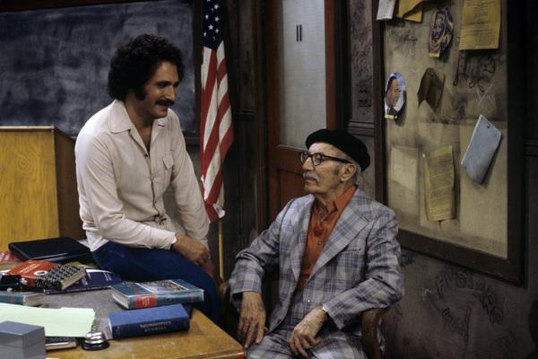 """""""Welcome Back, Kotter""""Gabe Kaplan, Groucho Marx1976** H.L. - Image 9291_0085"""