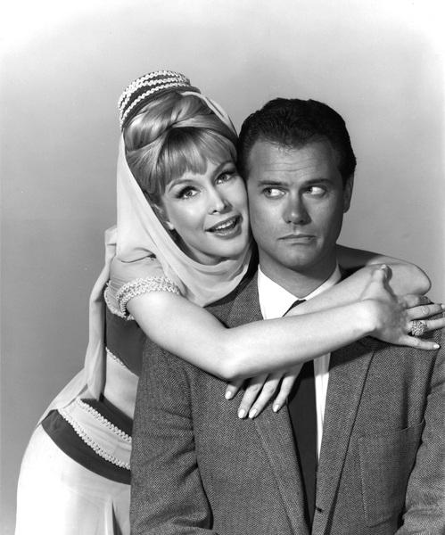 """I Dream of Jeannie""Larry Hagman, Barbara Eden1965**I.V. - Image 9375_0073"