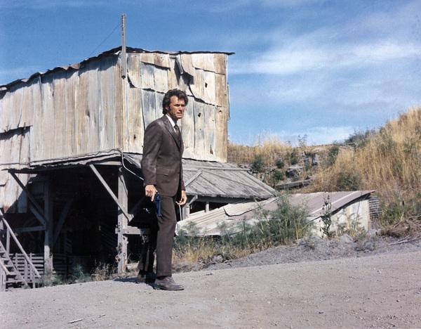 """""""Dirty Harry""""Clint Eastwood1971 Warner**I.V. - Image 9444_0005"""