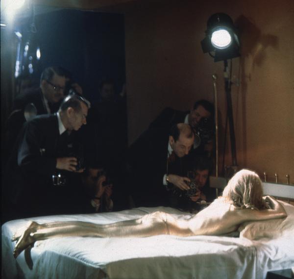 """""""Goldfinger""""Shirley Eaton1964/UA**I.V. - Image 9455_0022"""