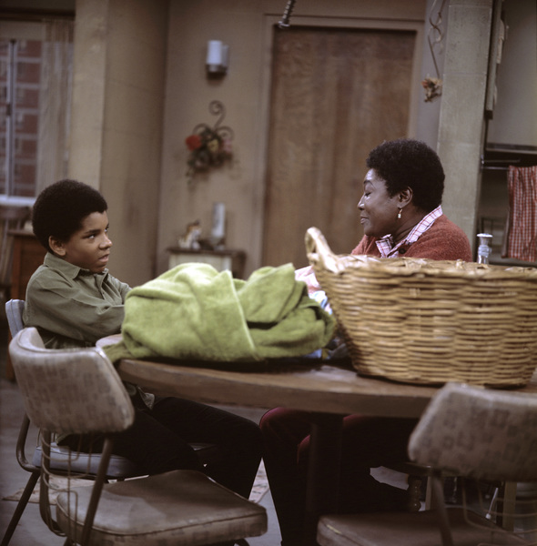 """""""Good Times"""" Ralph Carter, Esther Rolle1974 ** H.L. - Image 9495_0007"""