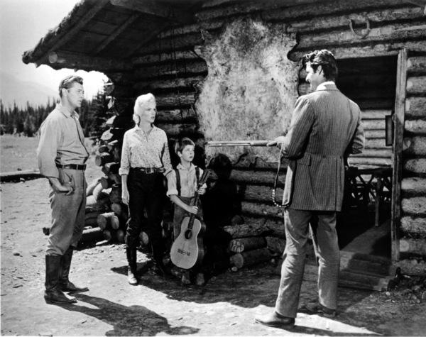 """River Of No Return""Robert Mitchum, Marilyn Monroe, Tommy Rettig,Rory Calhoun. 1954 / 20th Century Fox**R.C. - Image 9550_0020"