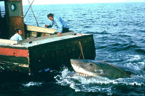 """Jaws""Richard Dreyfuss, Robert Shaw1975 Universal Pictures - Image 9575_0047"