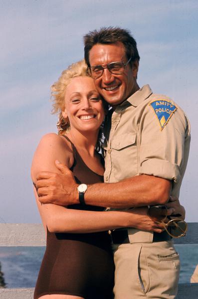 """""""Jaws""""Lorraine Gary, Roy Scheider1975 Universal Pictures - Image 9575_0062"""