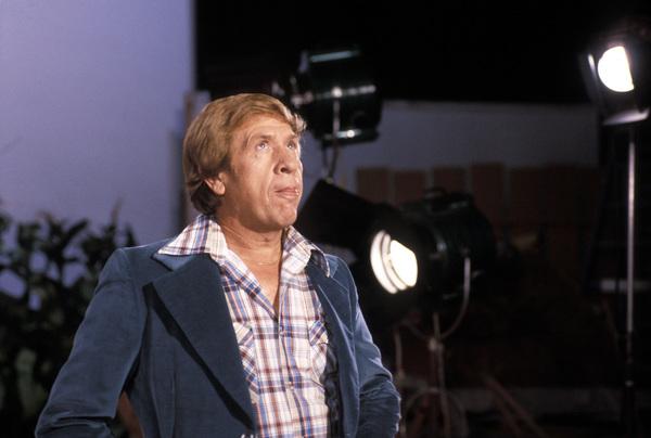 """Hee Haw""Buck Owens1980 © 1980 Marv Newton - Image 9742_0016"