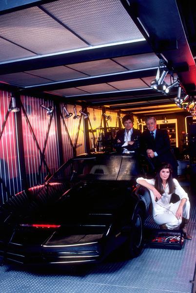 """Knight Rider""David Hasselhoff, Patricia McPherson, Edward Mulhare1982 NBC © 1982 Gene TrindlMPTV - Image 9752_0057"