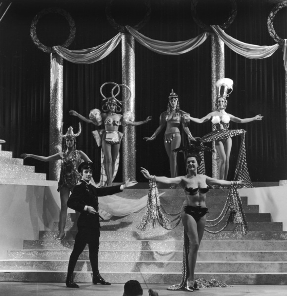 """The Producers""dancers in ""Springtime for Hitler""1968 MGM**I.V. - Image 9899_0018"