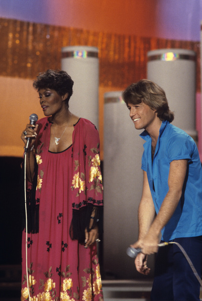 """Solid Gold""Dionne Warwick, Andy Gibb1981© 1981 Gene Trindl - Image 9915_0007"