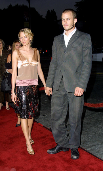 Four Feathers, The: PremiereHeath Ledger with girlfriend Naomi WattsMann Village Theater, Westwood, CA  9/17/02 © 2002 Glenn Weiner - Image Heath_Ledger_Noami_Watts_1